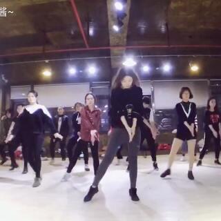 #舞蹈##句容星之翼舞蹈培训##boom clap#boom clap第一部分附分解🙆基础班