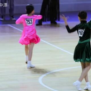 #舞蹈##少儿拉丁舞比赛#2017第31届CBDF全国锦标赛💃-业余10岁女单B组拉丁舞 决赛 周可欣560号👏👏👏