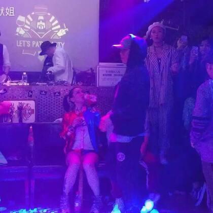 #waacking#台灣bobo&上海貓貓 judge show 10.29