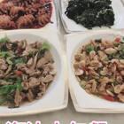 海边人每顿饭几乎都有海鲜,靠山吃山靠海吃海,连蔬菜都是海里长的😛😛你们最喜欢吃哪一道菜呢?#吃秀##热门#今天迷你八爪鱼活动最后一天啦,还没吃的话要抓紧http://item.taobao.com/item.htm?id=560258863296 动作要快,姿势要帅