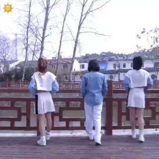 #短发姑娘#U乐国际娱乐🎵LAMPHO-短发#舞蹈#@JC舞蹈训练营 @JaceeHe
