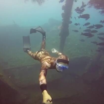 给我一个呼吸我就觉得生无可恋了,感受不一样的世界从这里开始!#自由潜##运动##自由潜水#