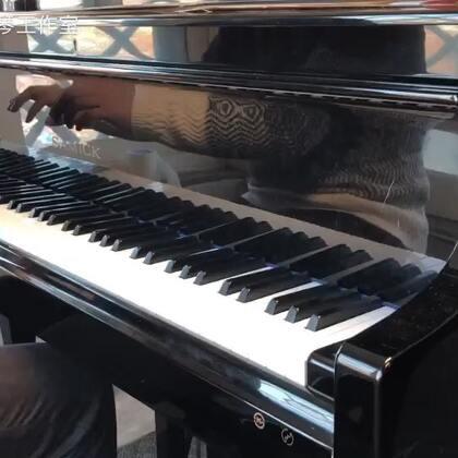 关于上次说的,每天练琴前的活动手指的音阶琶音练习方法为例。#U乐国际娱乐#