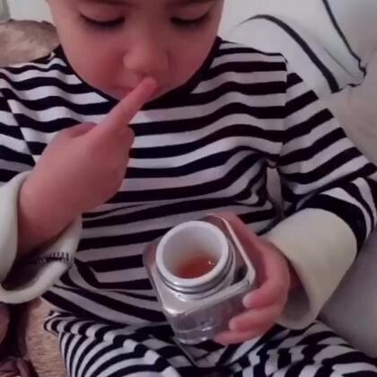 这么小就爱美 长大不得了#宝宝#可能麦吉丽真的让他爱上了#麦吉丽高端护肤品#