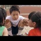 小明又开始欺负女同学了#小明和他的小伙伴们##搞笑##游戏#
