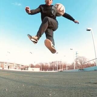 练球#运动##足球#
