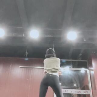 #十万支创意舞##抖抖抖##舞蹈#@敏雅可乐 🙆