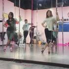 #舞蹈##钢管舞##颜雨林工作室##苏莉#在對的時間,遇到對的人,努力实现自己的梦想