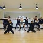 #宣美 - Gashina# 居然漏了一个版本没发。其实还有一个版本明天发。男女伴舞都是高颜值啊😱#舞蹈##敏雅韩舞专攻班# 公众号:MinyaCola