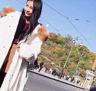运动休闲风单品怎么穿出高街风?时尚博主教你3种冬季时髦搭配! #穿搭##街拍##运动风#