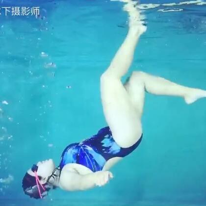 我助理水下漫步走起来#水下摄影##福建水下摄影##福州水下摄影#