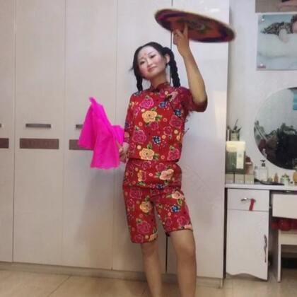 #3ar##热门##阿婷食光记#此时此刻岩哥在厨房做饭,我在屋里捉妖哈哈,宝贝们不要忘了双击哦❤️