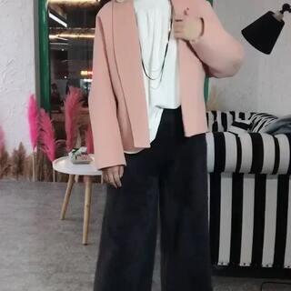 短款很精致~#穿秀##时尚美妆#@美拍小助手