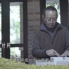 74岁大爷垃圾站收泡沫创作,复原1944年老重庆,太厉害了#二更视频##牛人##我要上热门#