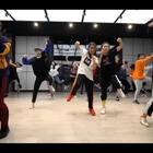 来自新加坡的Dancer - Xiaomei,一位非常注重课堂氛围的老师,希望你们每个人都能从舞蹈中获得快乐!SINOSTAGE舞邦 | 编舞 By XiaoMei 🎵U乐国际娱乐 - Groove Me (Guy) #舞蹈#