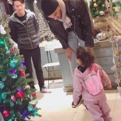去买🎄啦😊#聖誕節##寶寶#