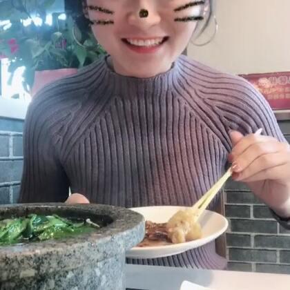 吃火锅啦#吃秀##热门##阿婷食光记#好吃,论火锅我独宠她一家。哈哈快说双12剁手都剁到什么程度,脚还在不在😂