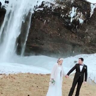 #旅行日记#冰岛游🇮🇸第四天,离开城市,开始环岛,一路美景尽收眼底,这几天下雨🌧️下雪❄️看不到极光,一路向西,希望可以看到极光🙏🙏🙏#冰岛自驾游##带你去旅行#