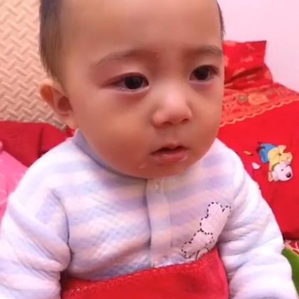 #宝宝的有毒小视频#合集来啦!😍 宝宝们浑身是戏,每一个毛孔都充满欢乐!看完笑了别忘记点赞转发呦~ 👏 使用美拍15秒短视频拍摄宝宝最爆笑最可爱最有毒的一面,加话题#宝宝的有毒小视频#,就有机会上热门涨粉丝哦!🔥