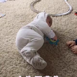 #宝宝##搞笑##荷兰混血小小志&柒#坑妹哪家强?!😂😂😂
