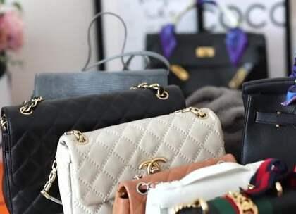 年终奖怎么花 买个包包犒劳自己吧 我的百万购包经验分享!大家都在盘算年终奖该为自己添置点什么装备吧! 如果你想买包来犒劳自己的话 ,这期视频会帮到你哦 #时尚##购物##奢侈品#打折###海淘##电商##圣诞##黑五#