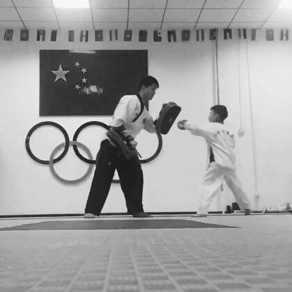 反应还是不够快!#运动##精选##跆拳道#