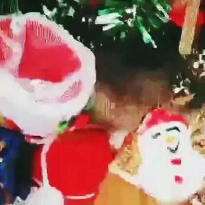 预订焙尔妈妈千层🍰 送这些小饰品,超好看哦[机智] 赶紧选一个千层过节日吧🎁#礼物##圣诞快乐##我要上热门#