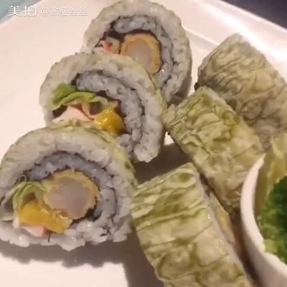 两天剪辑在一起的 吃寿司很早之前的库存了 有点渣的画质#美食##美食##吃播#