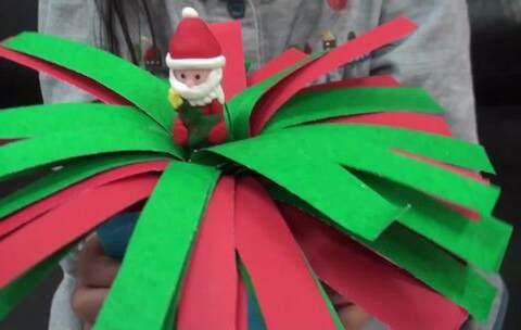 【汝汝與杉杉的魔法小舖美拍】自製-魔法聖誕樹DIY,小朋友會很...