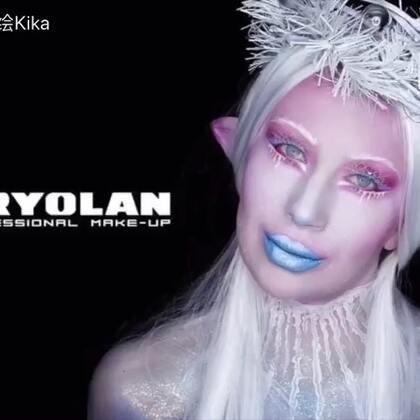 由Kryolan带来的灵感—圣诞精灵🧚♀️🧚♀️🧚♀️ 详细妆品可关注我的同名微博!#人体彩绘##kryolan#Kika提前祝大家圣诞快乐🎁🎄🎅啦!