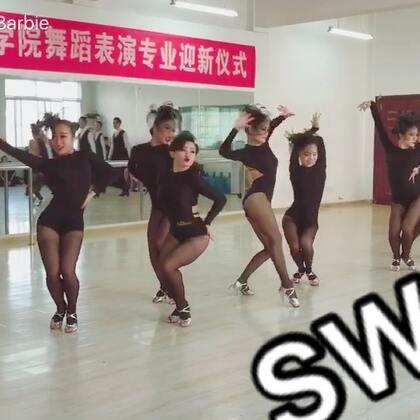 #拉丁舞##sway##李小倩学生#哪一个最性感呀?大家想不想看完整版?