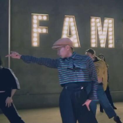 #舞蹈#上周@TheFame舞蹈工作室 我的Waacking Class课堂编舞作品。《I've got the Next Dance》🕺🏻💃🏻☺️👅❤️#Waacking##十万支创意舞#