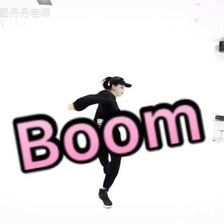 我们的老师帅气吧一起摇起来#boomboom摇##零基础成人舞蹈培训##爵士