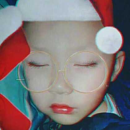 #肌肤绝不止一种美##宝宝##精选#睡梦中的圣诞宝宝🎅🎅😚😘🎄🎄🎁🎁宝宝的美容觉😃😃@多芬爱美丽 @宝宝频道官方账号 @美拍小助手