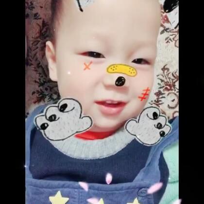 #宝宝##精选#分享一只一岁九个月爱背诗的宝宝😝@美拍小助手