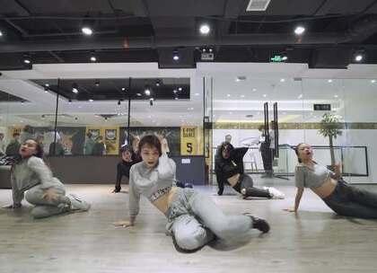 #efive十周年#厦门E-Five流行舞蹈工作室 思思老师JAZZ 课程#热门##舞蹈#@美拍小助手