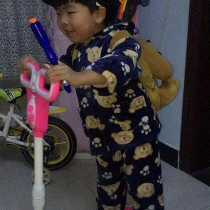 能听懂小人儿在说啥嘛~😂😂#十万支创意舞##宝宝##精选#