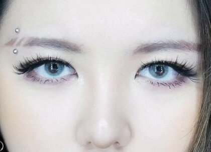 日常妆容画腻了吗?? 那就来个新鲜的妆容吧~[挤眼](2) #美妆手帐#断眉妆#扑通扑通少女心#大多呀Daddoa#