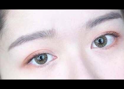 热门单品眼影盘试色,教你学会化这4种好看的眼妆~#眼妆##眼影盘试色#原视频链接:http://www.meilapp.com/video/430ff6a5/更多美妆视频#美啦app#