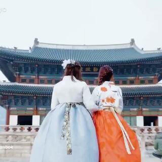 第一次体验到这么与众不同的韩国旅行!融入到那种韩国当地的生活,玩得跟当地人一样~感谢夜猫星球给我私人定制的行程,让我拥有这么一次难忘又开心的首尔之旅!现在转发@小俞Yoyo 此条视频微博,然后在www.yemaopla.net参与活动,随机选任10名用户,可免费享受即将在2018年3月的夜猫星球之旅!