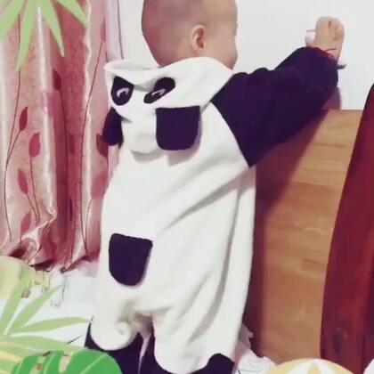 #15秒萌宝电臀舞#小屁股扭起来萌萌哒