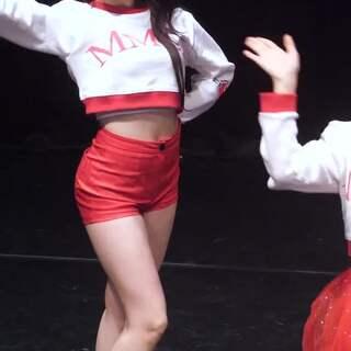 #MOMOLAND - Bboom Bboom# 混血 NANCY #舞蹈# 放假了吗?有时间欢迎到#敏雅韩舞专攻班# 坐客💘公众号:MinyaCola