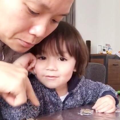 #宝宝##母子俩##荷兰混血小小志&柒#我的小情人说爱我!😍