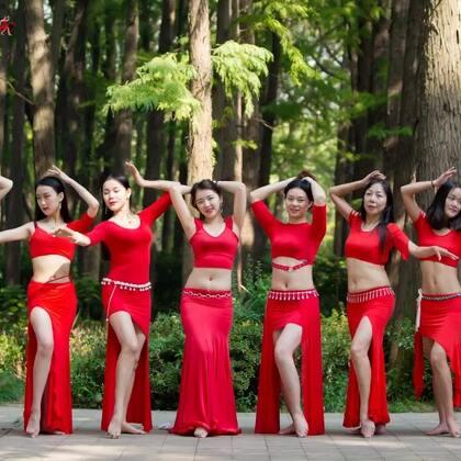 #精选#充满节奏的鼓点,释放着情绪。#东方舞#红裙飘扬惹人爱呀~各个舞种寒假集训班火爆招生哦,想学#舞蹈#的宝贝加微信danse68咨询呀~