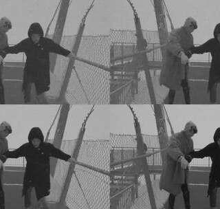 在风雪中踏上这座吊桥,原来就是检验勇士最直接的方法?!#环球梦游记##瑞士##旅行#