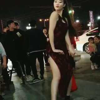 长腿大美女舞蹈跳得真好#舞蹈##U乐国际娱乐#