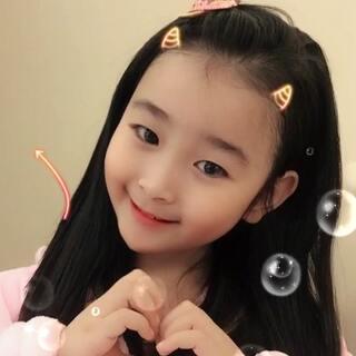 #娃娃脸手势舞##宝宝#我的娃娃脸,你们说可爱👧🏻不,哈哈❤️