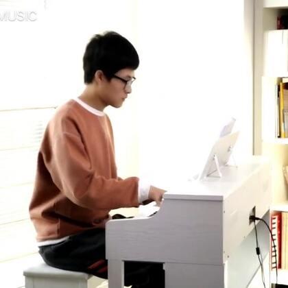 等你下课-钢琴版。改编、演奏:@文武贝MUSIC #U乐国际娱乐##钢琴##等你下课#