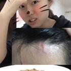 我感冒好了~傻小哥头撞了个⚡在我把酒精棉片摁在他头上的时候,小哥哥:啊啊啊啊啊啊!!!!!😂😂😂😂#吃秀##日志##我要上热门#@美拍小助手 @吃秀频道官方账号