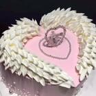 #美食##我要上热门##蛋糕#我就要独一无二,宝宝们双击收割你们的小爱心❤️